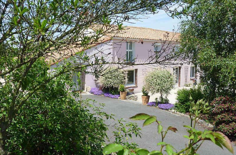 Location de chambre près du puy du Fou en Vendée: 4 chambres avec petit déjeuner compris
