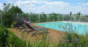 Booking b and b Puy du Fou Vendee with swimming pool