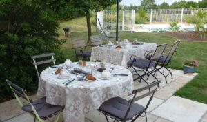location chambre Puy du Fou Vendée avec petit-déjeuner maison
