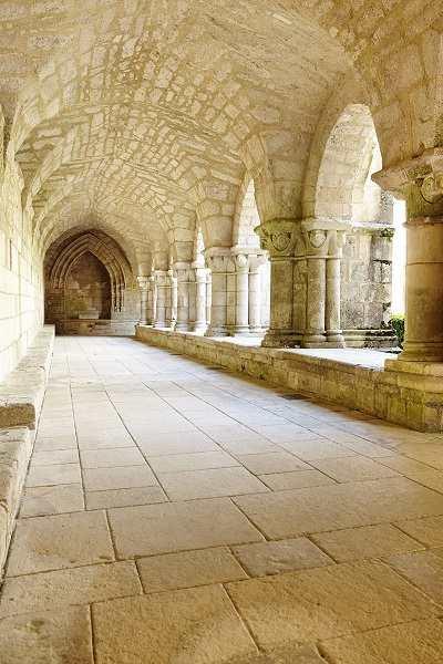 Abbaye de Nieul sur l'Autise en sud vendée près des chambres d'hotes La Boisnière
